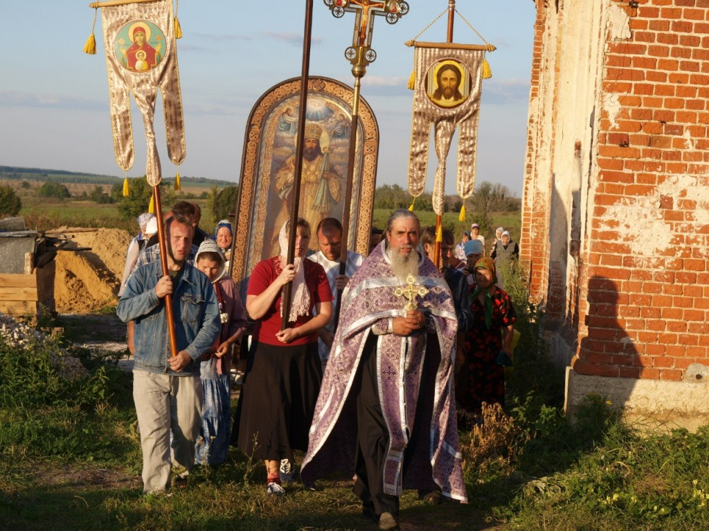 Большие Извалы Казанский храм отец Фотий